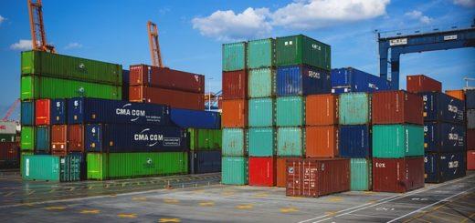 Industrieller Containertransport per Bahn