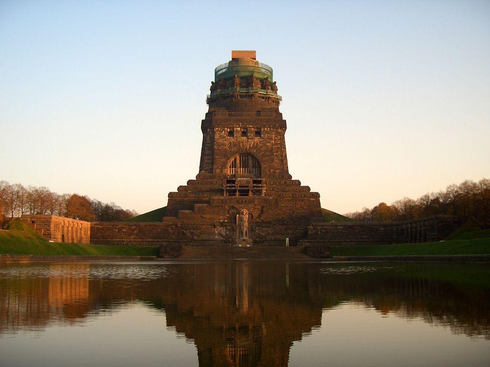 Das Völkerschlachtdenkmal zählt zu den beliebtesten Sehenswürdigkeiten in Leipzig.